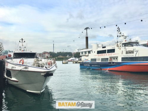 Batam Fast Ferry Docking in Harbourfront Ferry Terminal, Batam Fast Ferry