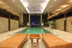 Harmoni Suites Hotel Batam Package Pool Area