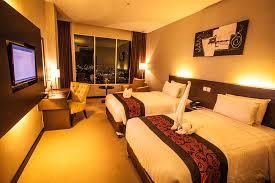 King Hotel Batam Deluxe Twin Room