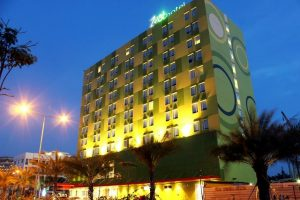 Zest Harbour Bay Hotel Batam