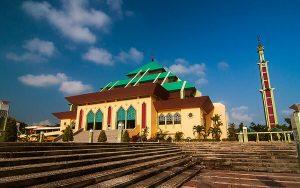 top things to do in batam Masjid Raya Batam