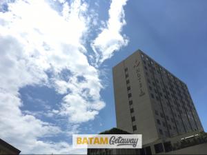 I Hotel Baloi Batam - Blue Skies