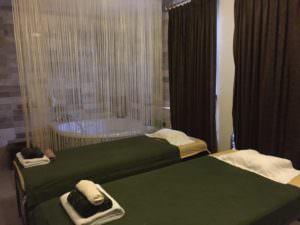 cheap batam massage centres