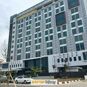 Top 6 Convenient Batam City Centre Hotels near Shopping Malls Batam Nagoya Hill Hotel Review exterior