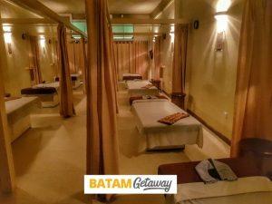 reborn batam review massage bed