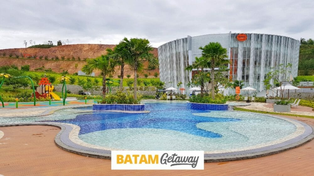 Harris Barelang Resort Batam Main Facade