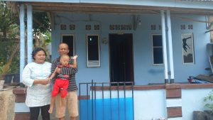 Volunteer-Overseas-in-Indonesia-Batam-Batam-Build-After-Building-Mr-Bahtarim-Home-After-min