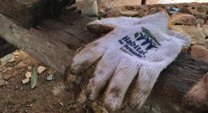 Volunteer-Overseas-in-Indonesia-Batam-Batam-Build-Glove-with-Logo-min