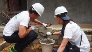Volunteer Overseas in Indonesia Batam - Batam Build - Laying Bricks-min